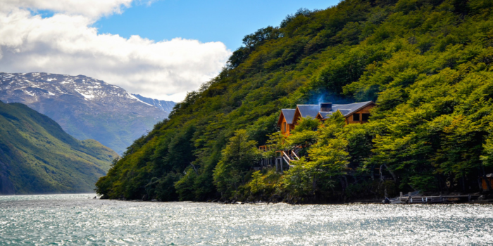 Aguas Arriba Lodge Patagonia