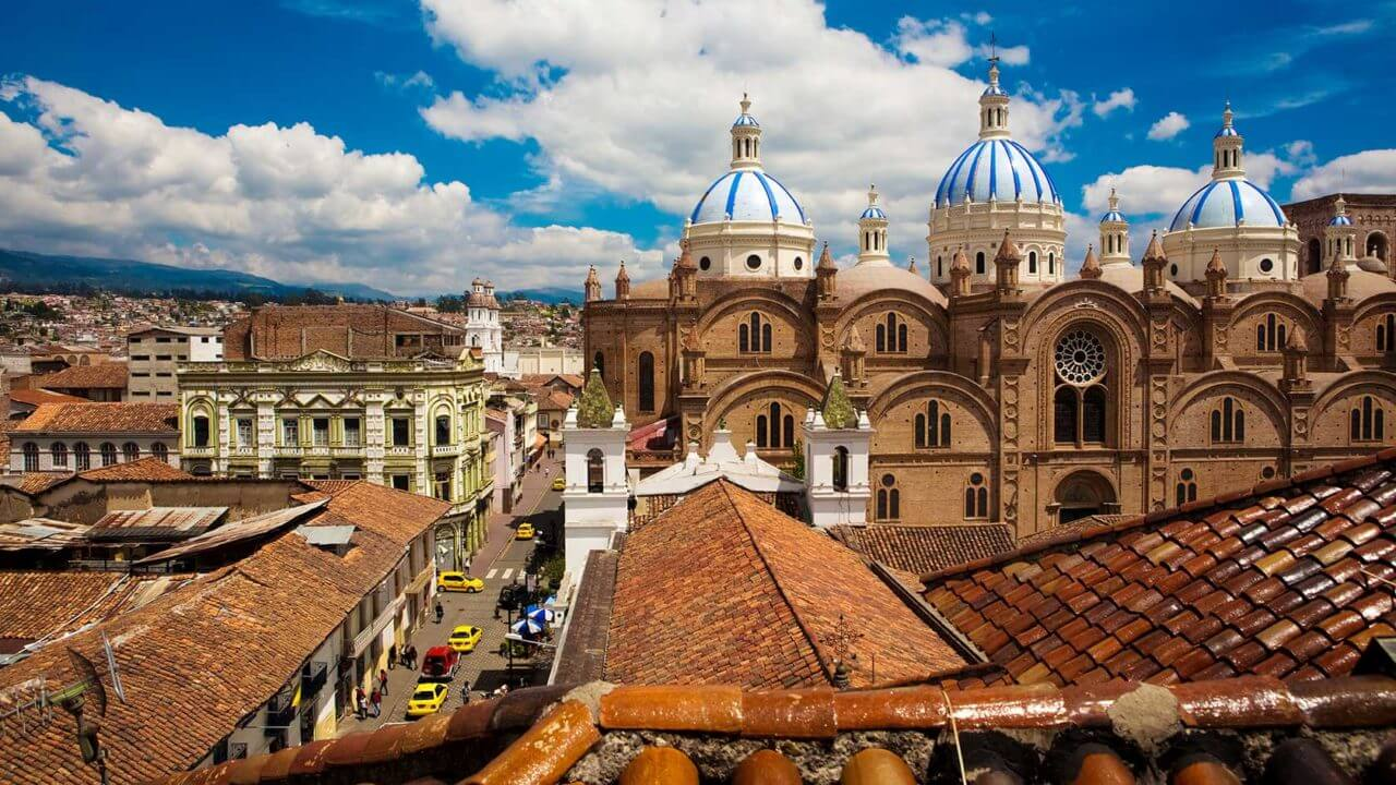 Ecuador Quito blue domed roofs old town | Plan South America