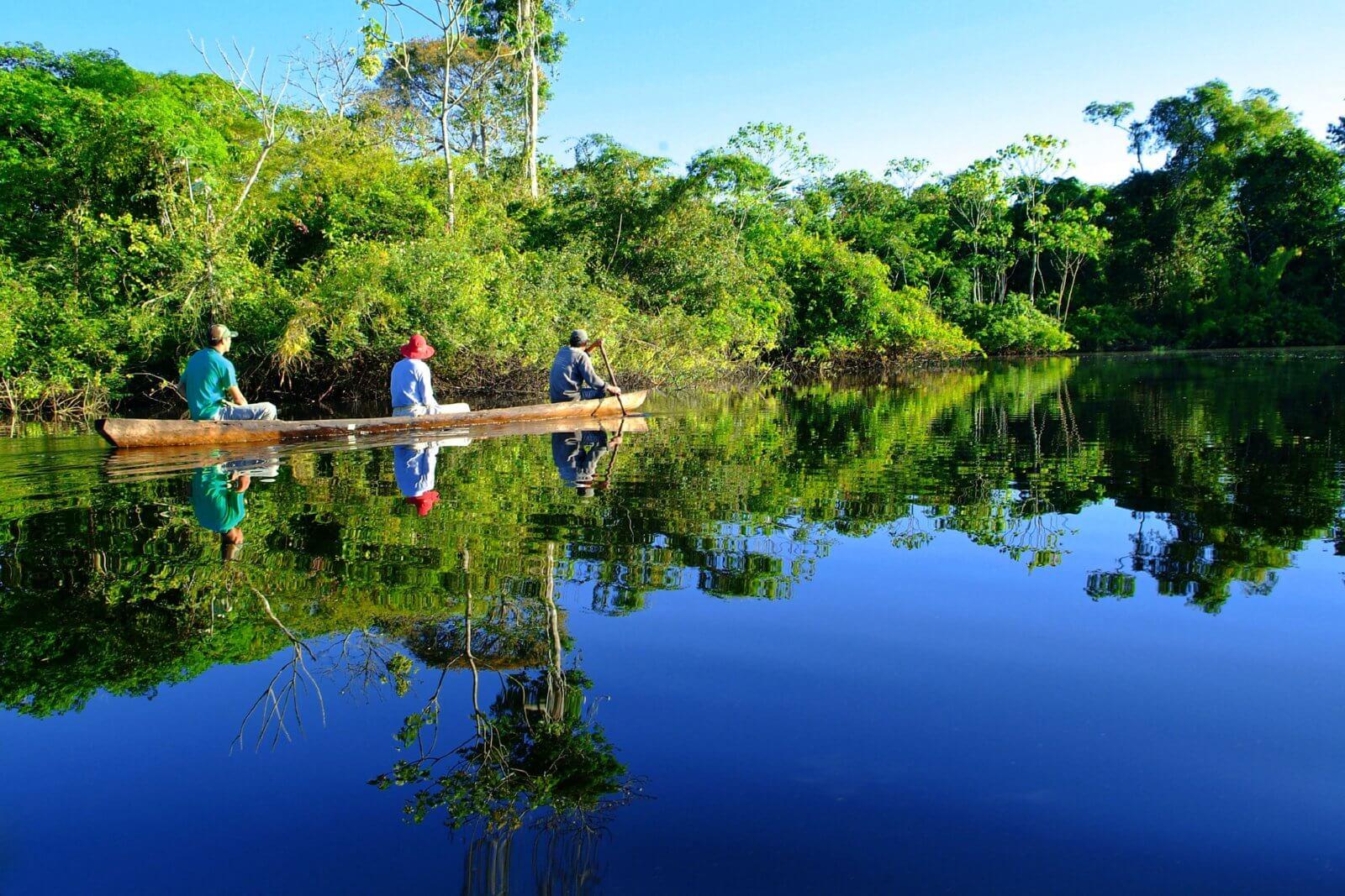 Aqua Aria Peruvian Amazon - skiff
