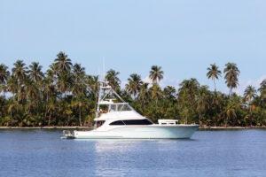 Luxury Yacht, Panama
