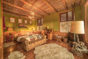 Barraco Lodge, Patagonia, Chile - Twin Bedroom