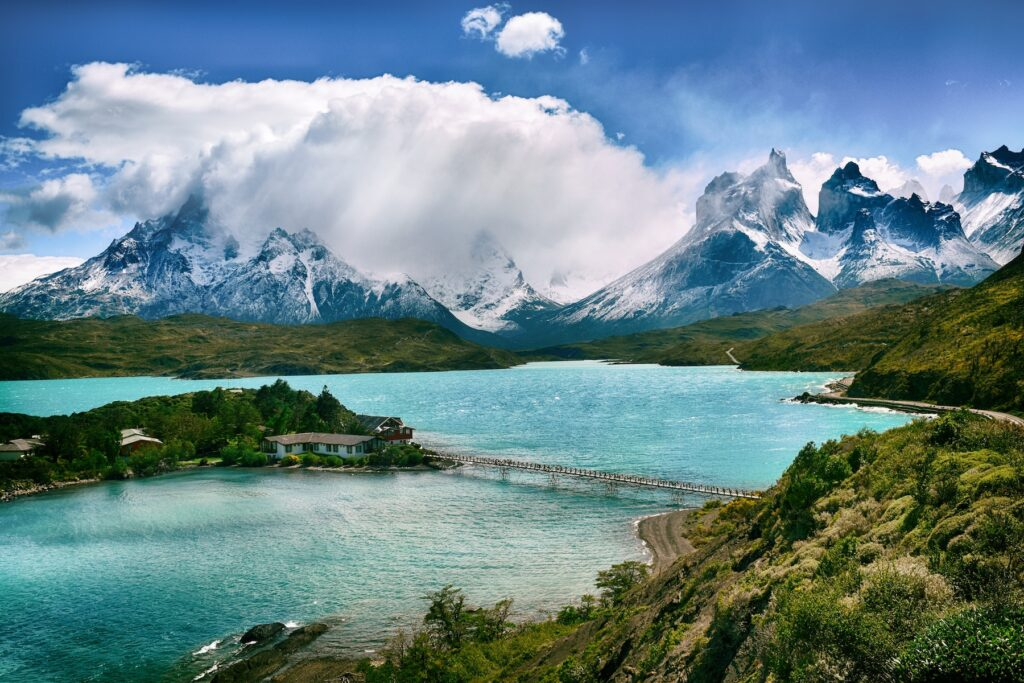 Super Yacht Cabin Charters to Chilean Patagonia