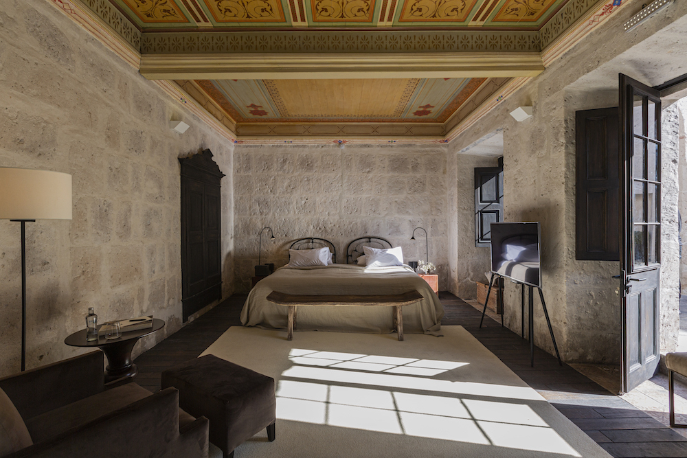 Plan South America | Cirqa rooms, Arequipa