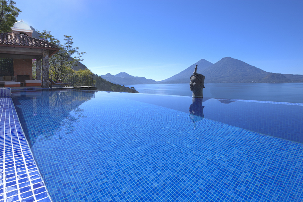 Casa Palopo, infinity pool, Guatemala | Plan South America