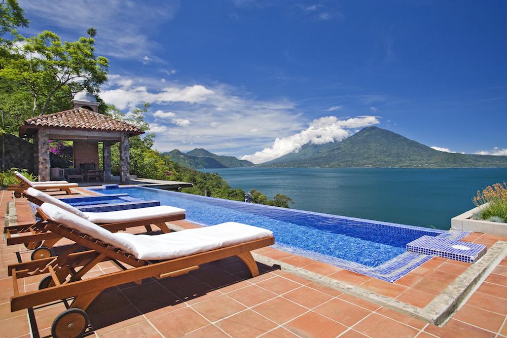 Casa Palopo, infinity pool, Guatemala